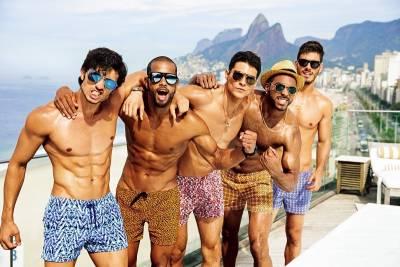 如何變身海灘型男?泳褲長度是關鍵│GQ瀟灑男人網