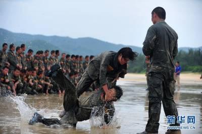 中國性感美女保鏢的殘酷訓練,多圖內幕揭秘!