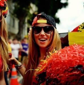 17歲正妹到巴西看世界盃,竟意外改變了她的一生...
