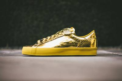 "金光閃閃 adidas Originals by Jeremy Scott 2014 春季 JS Rod Laver ""Gold Foil"" 鞋款"