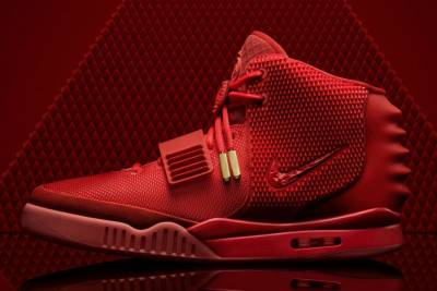 你沒看過的 Nike Air Yeezy 2 神配色,最愛哪一雙...?