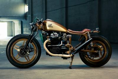 客製化復古重機 Honda CX500 by 德國大廠 Kingston Customs