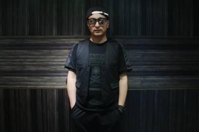 日本老潮童「本間正章」穿搭!史上最貴的奢華黑骷髏!│JUKSY 線上流行生活誌