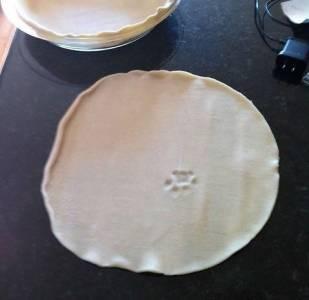 妹妹晚上想包餃子吃 沒想到在皮上發現了要命的東西!