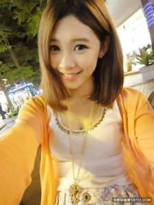 18歲「蜜糖妹」盧映融臉書PO恩愛照 粉絲:我要溶化了!