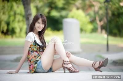 PTT瞬間推爆!清純長腿輕熟女Claire鄉民:滿分!