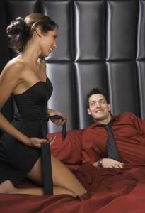 5種情境下 男人最易被誘惑