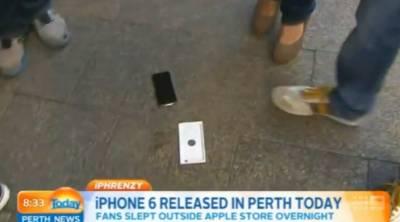 悲劇惹!全球第一個摔機的iPhone6 女記者笑慘