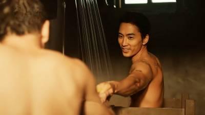 宋承憲《人間中毒》上演男男共浴 老媽撂婆媽團共賞極品裸體