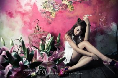 Euphrosyne小隻女化身歡樂女神──李萱│尤物雜誌