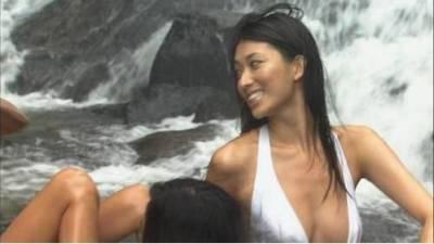 女神也有羞羞過去:林志玲成名前艷俗寫真曝光