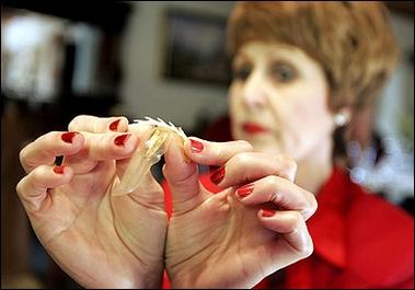 南非人發明女用帶鉤保險套 預防婦女受強暴