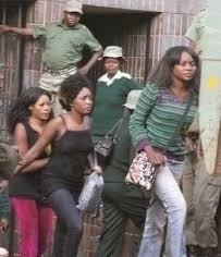 津巴布韋有女人強姦男性!她們的目的是...