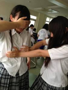 男生票選「忍不住想觸摸的女生部位」結果也太意外了吧Σ ´ω`*