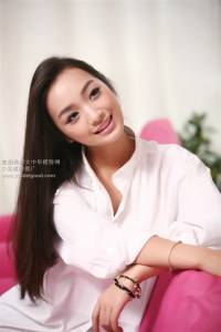 嫩模風中國正夯 西藏美人「索朗美淇」超吸睛!