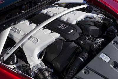 迎風士紳 Aston Martin V12 Vantage S Roadster