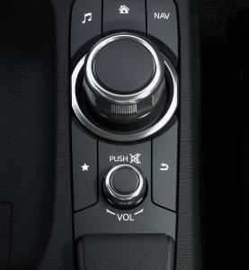 跳出新格局 New Mazda2