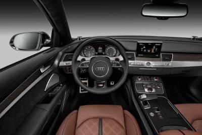 Audi S8 以氣度示人 以力度服人