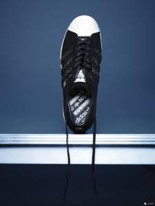adidas Originals by NEIGHBORHOOD 深刻內斂 二大潮牌聯手推出完整系列大作