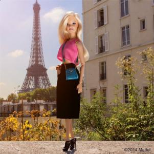 追蹤芭比的Instagram:永遠不會老的大美女芭比如何成為時裝周最紅IT GIRL!│Styletc樂時尚