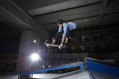 哥滑的不是板,是態度!滑板職人小白 x 樹庭的Indie Attitude全紀錄 蝴蝶音超重