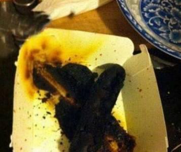 女朋友第一次下廚的情景!看到後感覺不會再餓了...