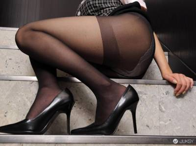 起秋了~黑絲襪的成熟美感