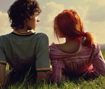 別以為在一起久了,穩定了,就能忽略對方的感受...