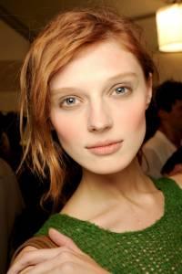 【JUKSY x Polysh】紅髮才是王道! 8 位 T 台上光彩迷人的紅髮名模