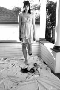 無法匹敵的超猛萬聖節look-截肢女孩的驚悚創作(內有血腥)