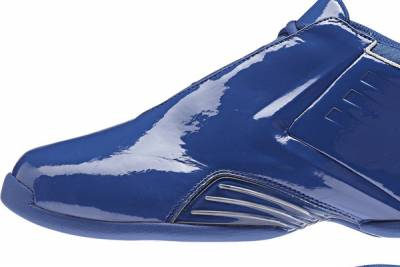 NBA 傳奇巨星經典鞋款 10 年回歸再現!