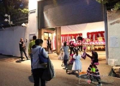 日本黑道山口組萬聖節發糖果給小孩 網友:「不會是白粉吧...」