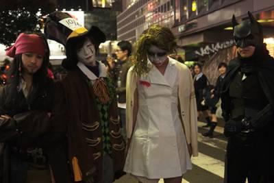 「2014萬聖夜的澀谷」-兩百多人的街頭變裝秀派對!