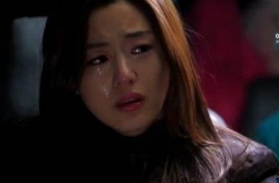 你,有沒有這樣的時候?突然很想哭,卻難過得哭不出來。