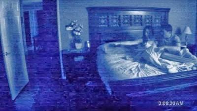 澳洲男在家拍靈異現象,卻錄下了這段畫面...