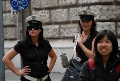 世界各國正妹女警合輯...快點逮捕我吧!