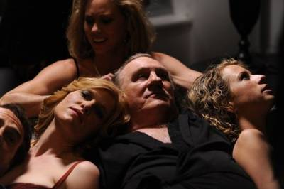 《紐約性愛大亨》荒淫政客,權貴性愛,酒池肉林│波昂刺刺