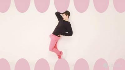 韓男限制級音樂錄影帶 大玩香蕉性暗示遊走尺度邊緣