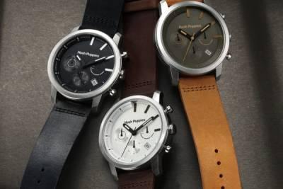 關於型男的秋天......就用極簡的皮革大眼錶款來留住這個最想念的季節吧!