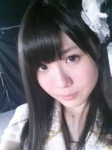 突襲AKB48谷真理佳香閨 驚見不明粉紅XX棒...