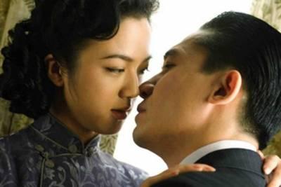 中國女人最容易把第一次獻給哪三類男人?