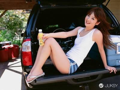 「日本最美女人」佐佐木希 激情床戲近乎全裸