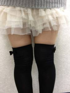 《絕對領域日》女孩們快把膝上襪挖出來穿