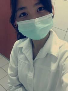 小護士打賭輸了PO一系列讓人噴血的性感照...網友:快幫我打針止血