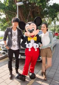 香港迪士尼樂園 空運幸福來台 林俊傑與林依晨秘遊香港迪士尼樂園 尋找「幸福的原點」