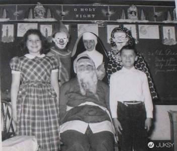 11位「壞掉了」的聖誕老人 第10位讓網友徹底驚嚇!
