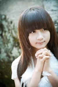 超萌台灣16歲蘿莉創作歌手~打破周杰倫及林俊杰!許雅涵二度再登高中音樂教材......
