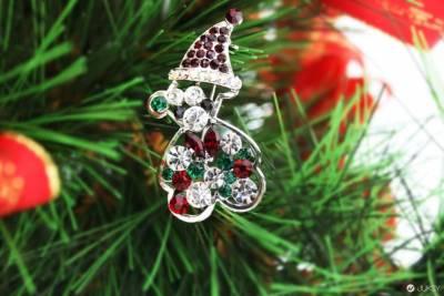 耶誕主題派對 玩搭童年繽紛色彩 LOTUS推耶誕飾品 網購最超值!