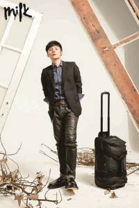 李榮浩:舒適 簡單色調 簡潔樸素,私底下的我就是乾淨簡單!│MILK潮流誌