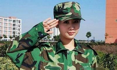 美女明星罕見「軍訓照」!!男人看了都想再當兵一次!!